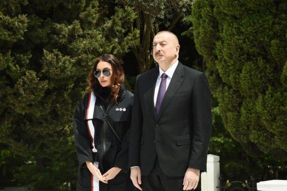 İlham Əliyev və Mehriban Əliyeva Fikrət Qocanın vəfatı ilə bağlı nekroloq imzaladılar